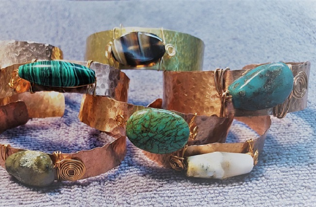 Click to view more Gemstones Bracelets